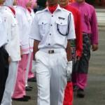 Pemeriksaan perbarisan oleh YB Dato' diringi oleh Tuan Pengetua