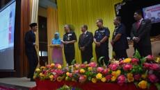Majlis Penyampaian Watikah Perlantikan Pengawas SMK Sultan ibrahim (1) Perasmian oleh: YDH DCP Dato Hasanuddin bin Hassan (Alumni SMKSIS 1976-1978) Ketua Polis Kelantan Tarikh: 25. 2.2018 (Ahad) Masa: 7. 30 […]