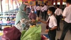 Majlis Perasmian Program pengagihan sarapan pagi pelajar asnaf tajaan Alumni SIS oleh Tuan Pengetua SMKSIS 12.4.21